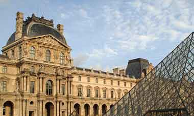 Louve art museum