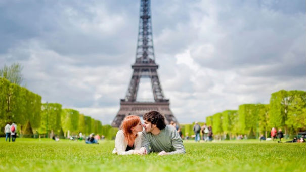 romantic couple in Front of Eiffel Tower