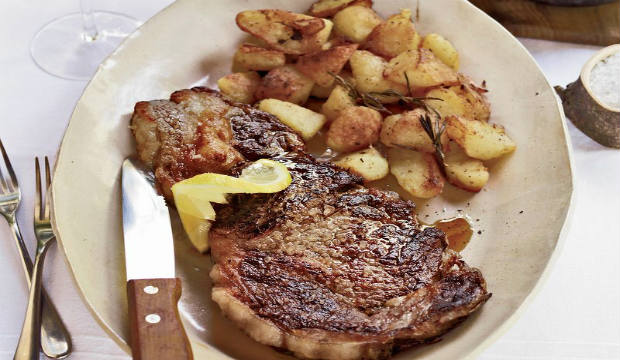 steaks with roasted rosemary potatoes