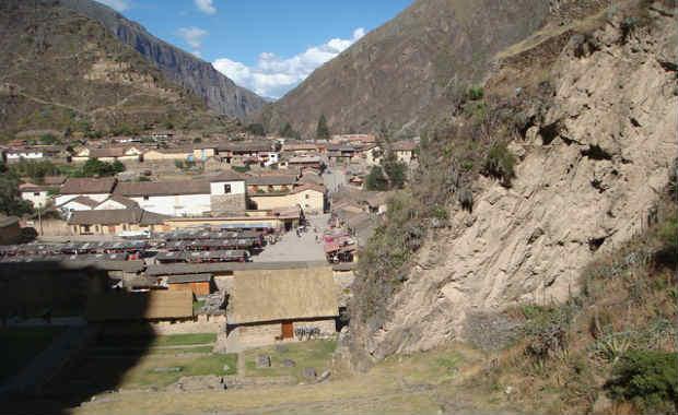 Ollantaytambo cuzco peru valley