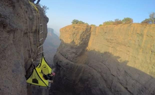 Sandhan Valley hanging tent